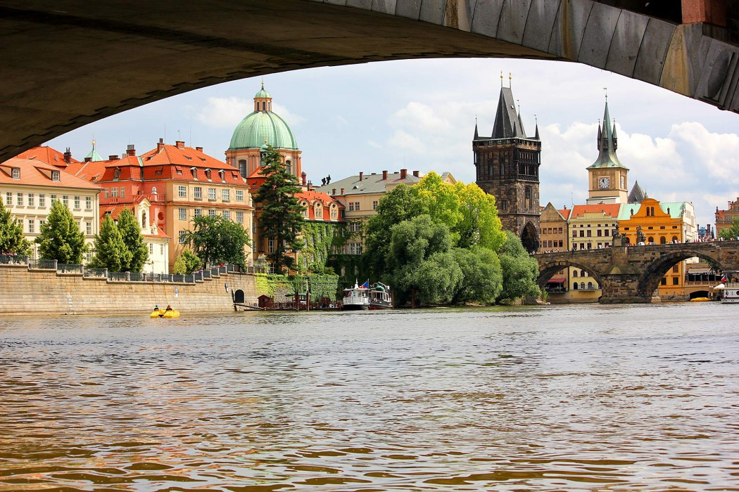 Prague, City of Bridges